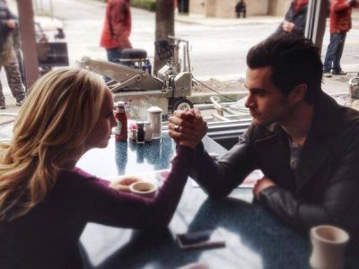 File:Caroline and Enzo Behind the Scenes 5x17.jpg
