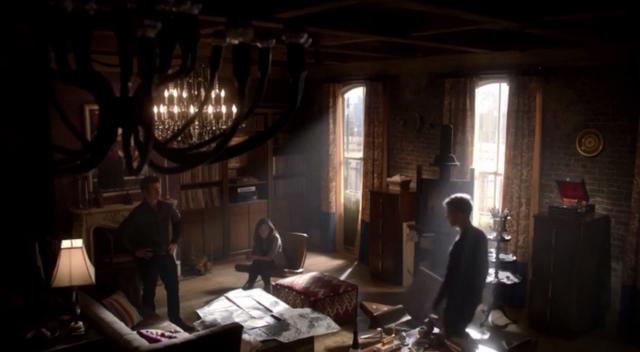 File:Elijah-Hayley-Klaus 1x11.png