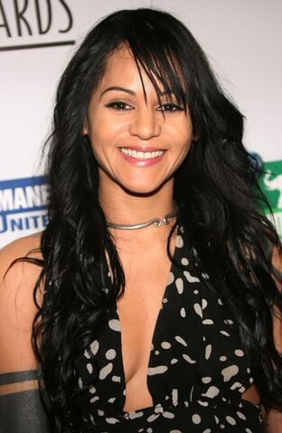 File:Persia White 20th Anniversary.jpg