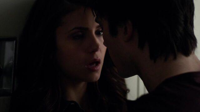 File:The Vampire Diaries S05E17 720p kissthemgoodbye net 1160.jpg