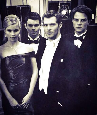 File:The Originals - Mikaelson's(d).jpg