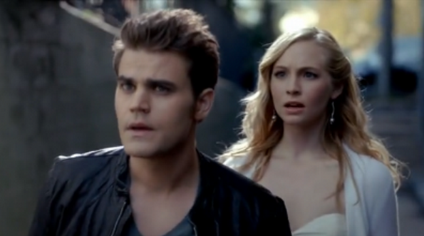 File:Stefan and Caroline in 4.9.png