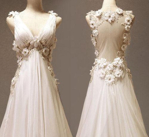 File:Beautiful-wedding-dress-tumblr-1e6fdl0u.jpg