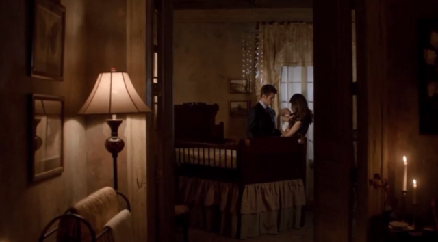 File:Elijah-Hope and Hayley 1x22.png