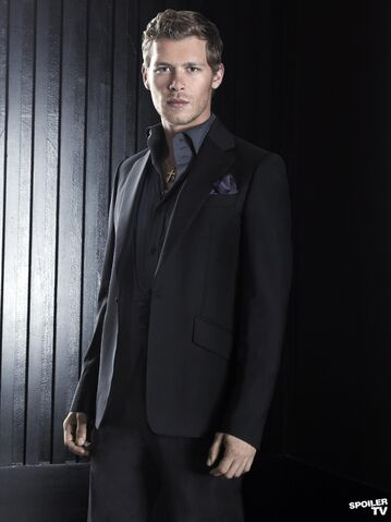 File:Tvd-s3-set1-klaus-001 FULL.jpg