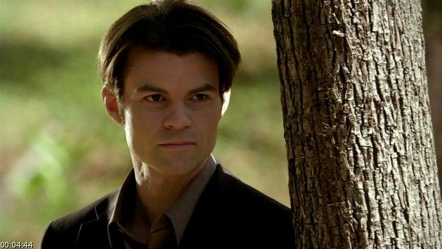 File:Vampire Diaries Elijah.jpg