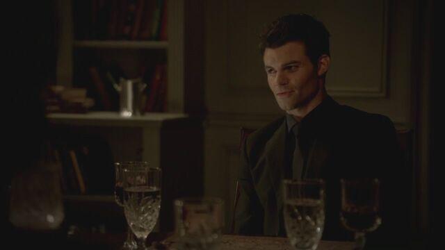 File:The-Vampire-Diaries-3x13-Bringing-Out-the-Dead-HD-Screencaps-elijah-28811905-1280-720.jpg