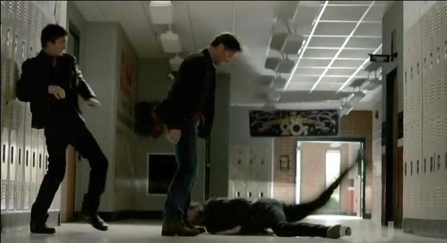 File:The-Vampire-Diaries-S3x21-Alaric-throwing-Stefan.jpg