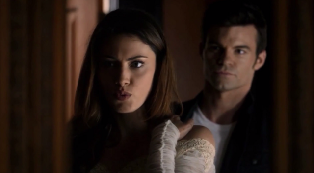 File:Hayley and Elijah in 1x10...png