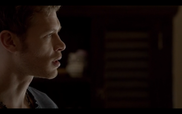 File:1x02-Klaus opens up.png