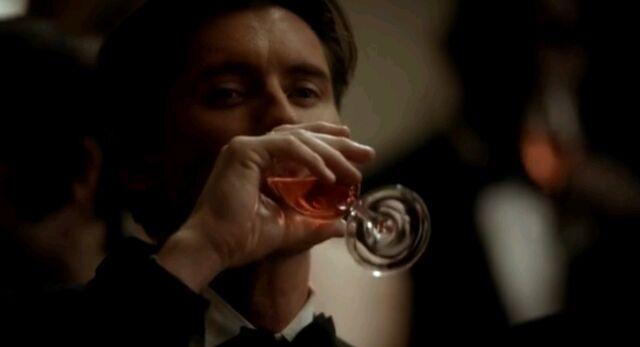File:Finn drinking.jpg