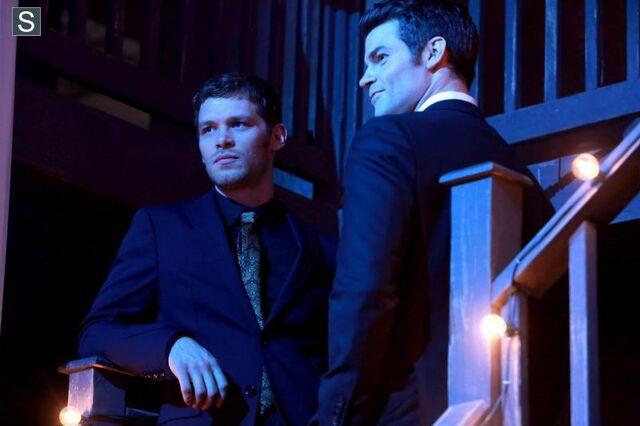 File:The Originals - Episode 1.17 - Moon Over Bourbon Street - Promotional Photos (9) FULL.jpg