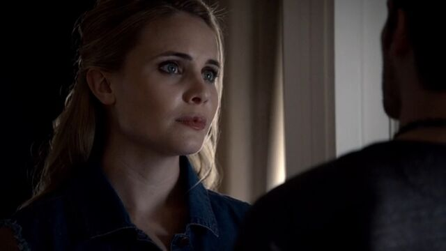File:Camille 2 TO 1x04.jpg