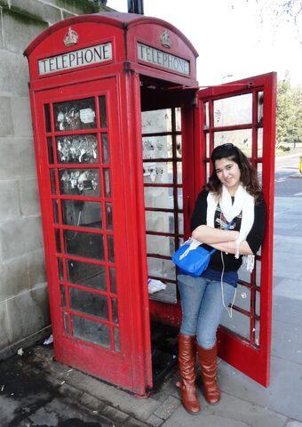 File:London phone booth.jpg