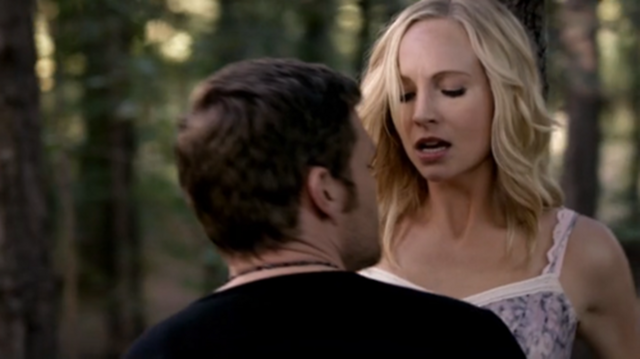 File:Klaus Mikaelso and Caroline forbes in episode 100...png