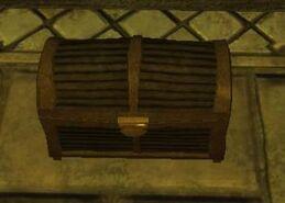 Small traditional standard qalian chest