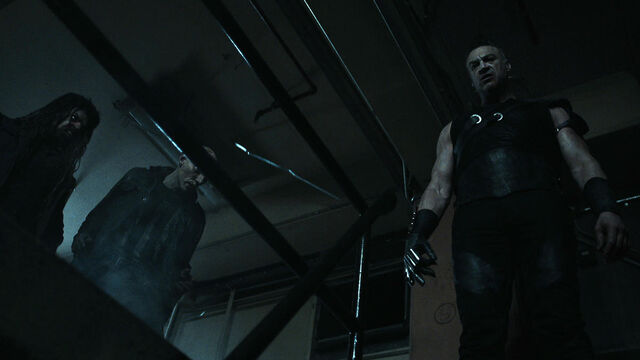File:Fear Her 1x05 Julius looks into the sewers.jpg