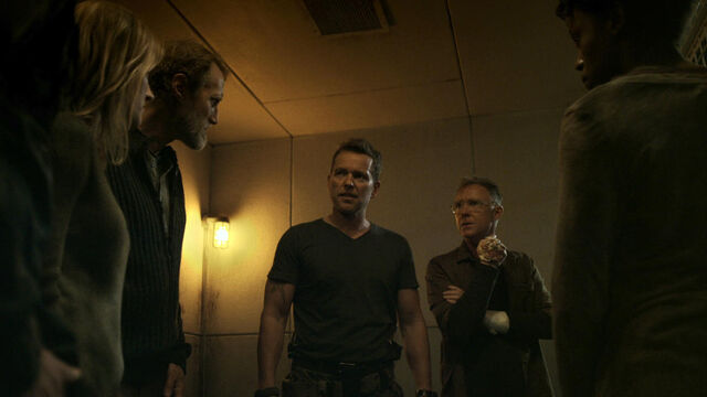 File:Nothing Matters 1x06 The Survivors (Axel, Doc, Flesh, Sam and Nicole).jpg