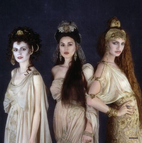File:Brides.jpg