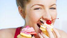 Cupcake-girl-729-410-620x349