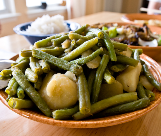 File:Green beans and potatoes.jpg