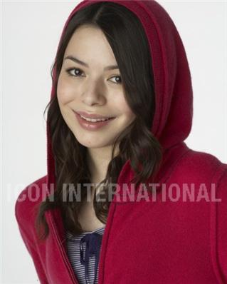 File:Miranda Cosgrove in the hood.jpg