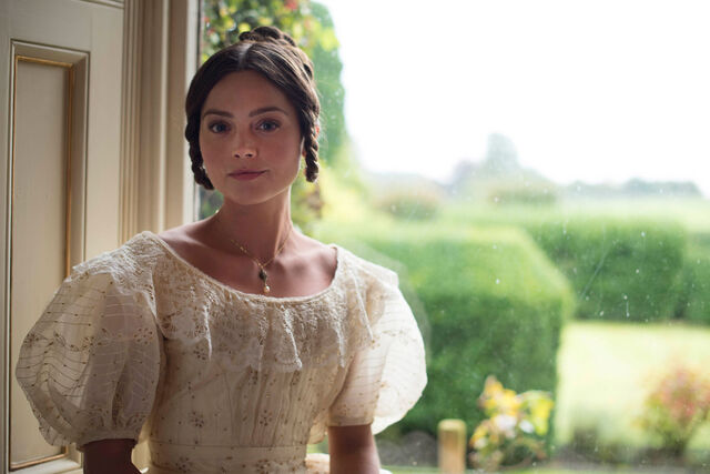 File:Victoria-episode-2.jpg