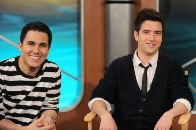 File:Carlos-and-Logan-big-time-rush-11358624-400-266.jpg