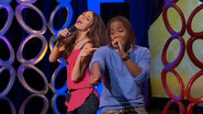 Victorious-202-helen-back-again-make-it-shine-remix-music-clip