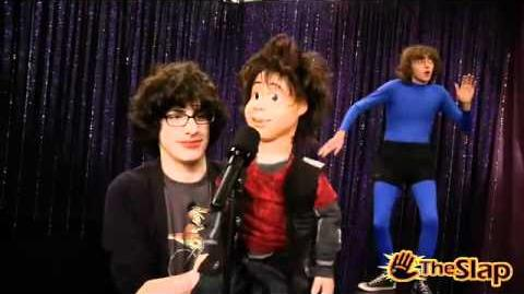 Rex ( Victorious ) Singing Make it Shine ! Very funny !