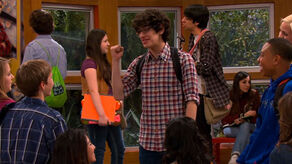 Victorious-314-clip