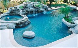 Bright-Ideas-For-Design-With-Small-Inground-Swimming-Pool-01