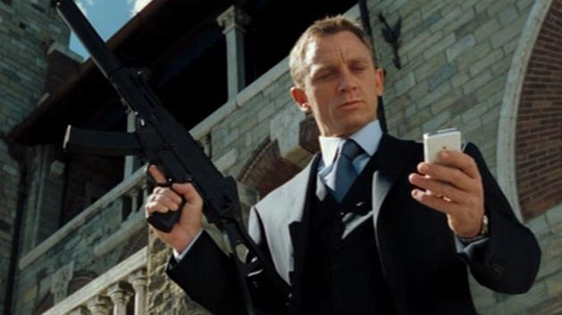 Bond 17 Bond, James Bond (Casino Royale)
