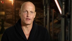 Mockingjay Part 1 -Woody Harrelson Haymitch Interview