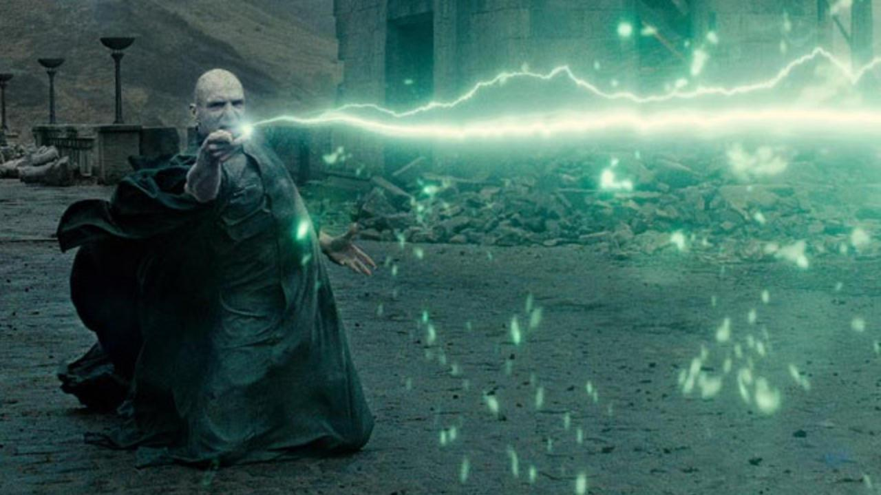 Harry Potter and the Deathly Hallows Part 2 - Trailer 2