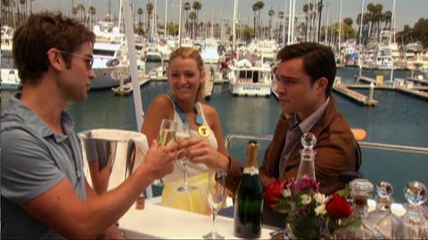 Gossip Girl The Complete Fifth Season (2012) - Home Video Trailer for Gossip Girl The Complete Fifth Season