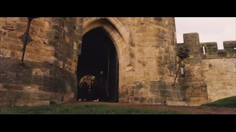 Harry Potter and the Sorcerer's Stone - Hagrid discourages the trio