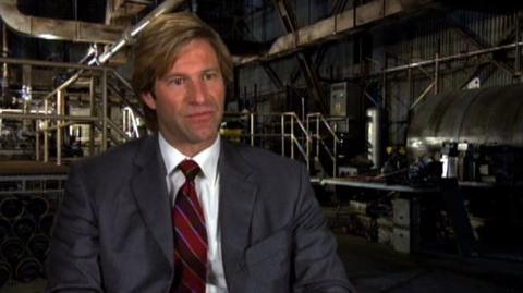 """The Dark Knight (2008) - Interview Aaron Eckhart """"On Christian Bale as Batman"""""""