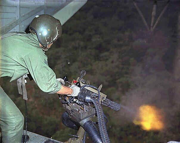 File:HH-3-minigun-vietnam-19681710.jpeg