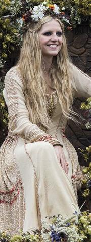 File:Helga bride.jpg
