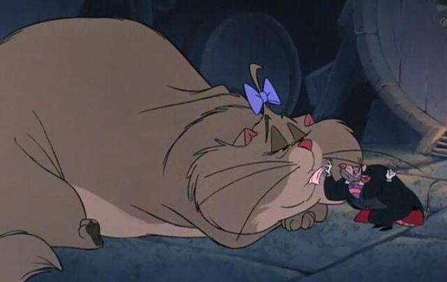 File:Professor Ratigan & Felicia the Cat.jpg