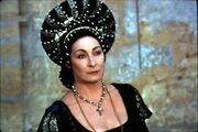 Anjelica huston ever after 001