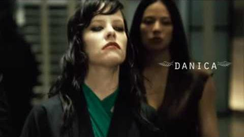 Female Vampires - Danica - the Hive Queen