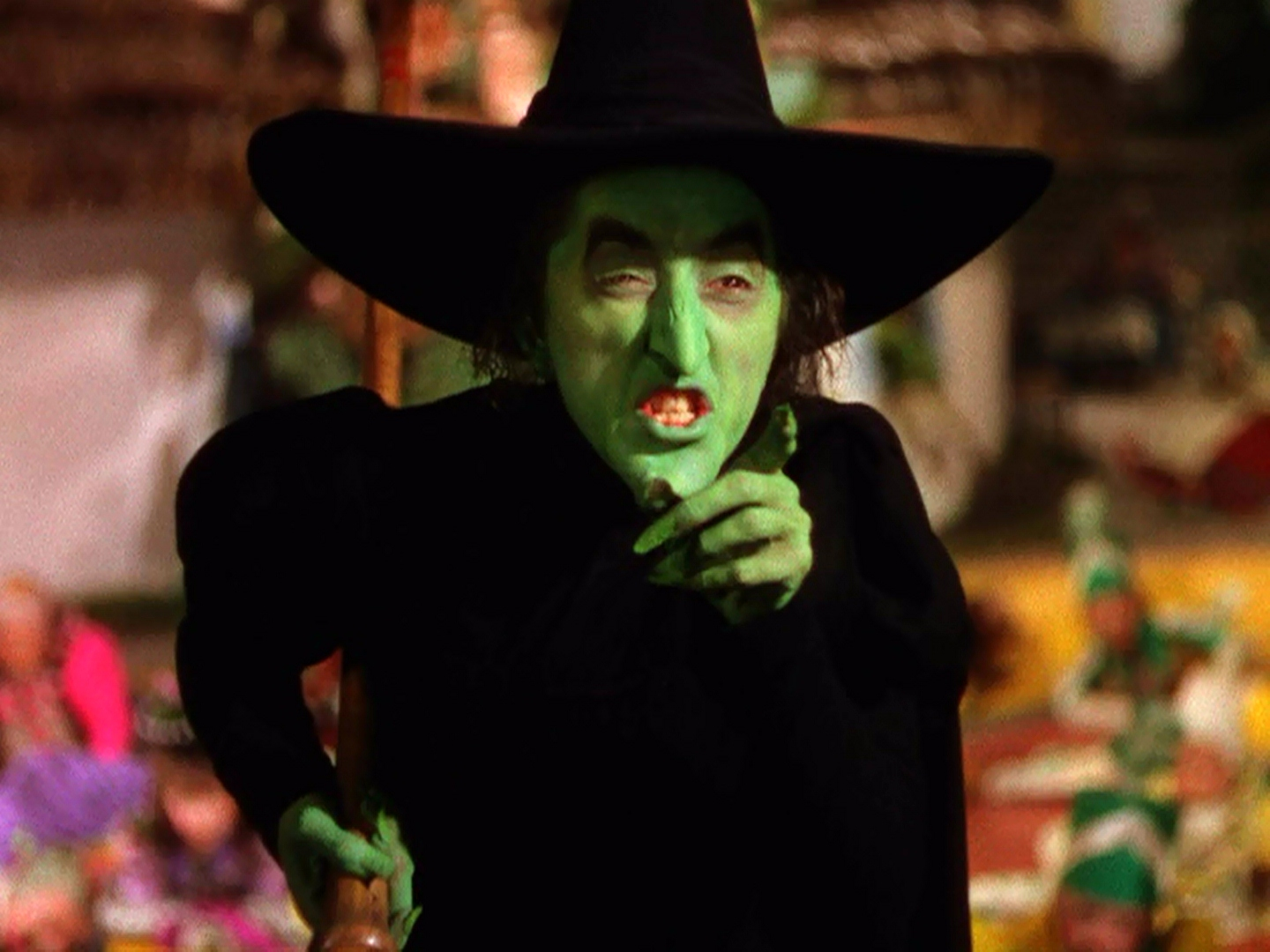 https://vignette2.wikia.nocookie.net/villains/images/8/8f/Wicked_witch.jpg/revision/latest?cb=20120630143955