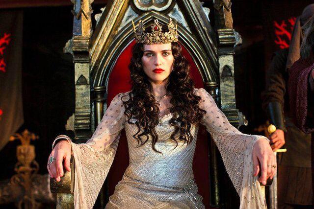 File:Queen Morgana Pendragon.jpg