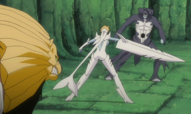 File:Harribel fends off Arrancar.png