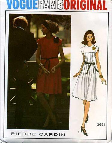 File:Vogue2651.jpg