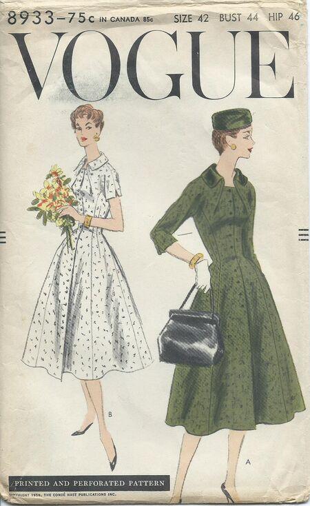 Vogue 8933