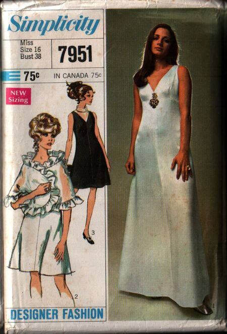 Simplicity 7951 front