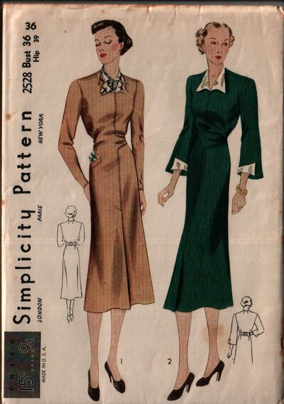 Simplicity 2528 front